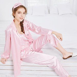Other - Women's 7 Piece Silky Satin Pajamas Sleepwear